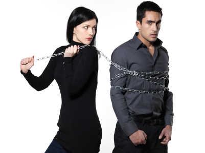 cara menghilangkan sikap posesif terhadap pasangan